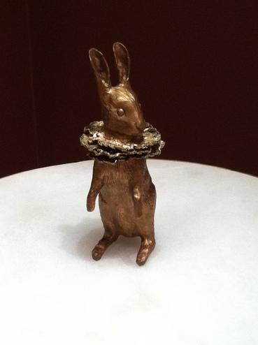 Des histoires de lapins dans la sculpture