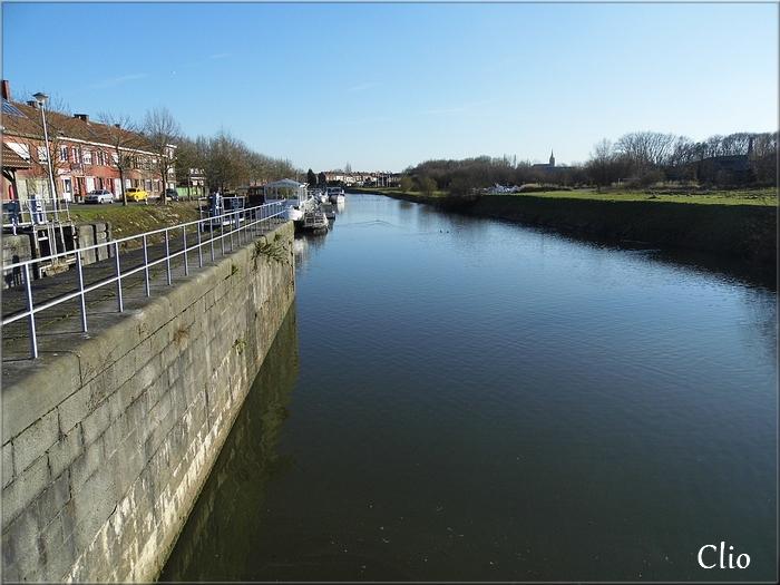 Balade frontalière à Menin, le long de la Lys.