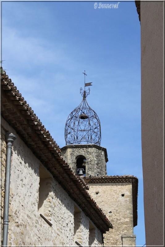 Campanile Eglise Notre Dame de la Purification Lauris Vaucluse