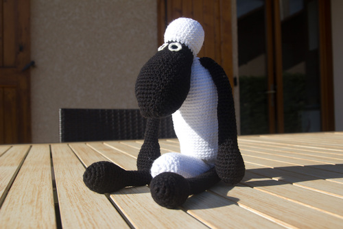 Mylène - Crochet : Shaun le Mouton