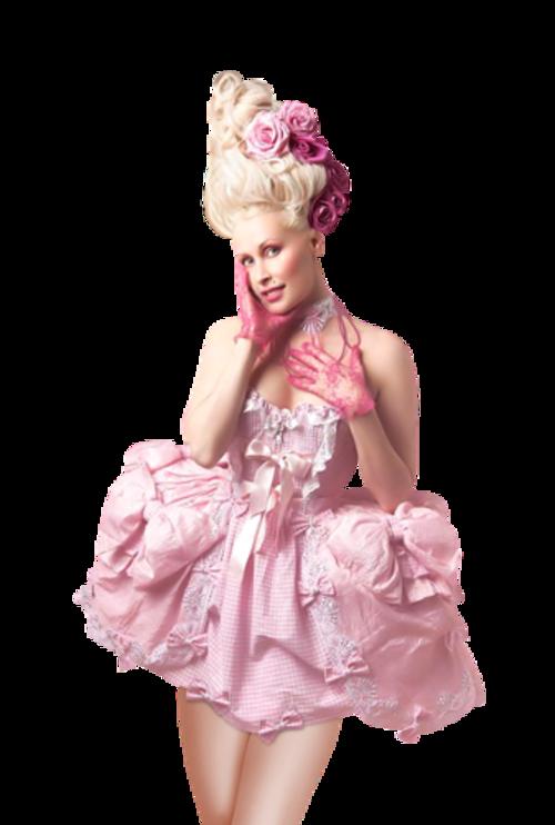 Femme vétue de rose