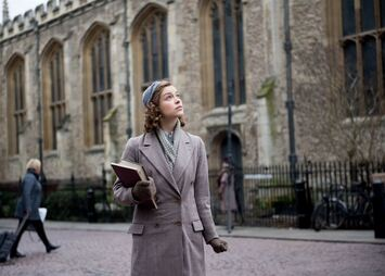 Red Joan : Photo Sophie Cookson