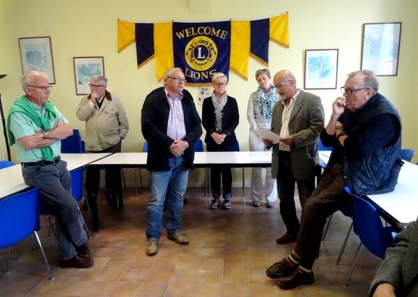 Le Lion's Club Châtillonnais a remis de généreux chèques aux associations caritatives de la ville