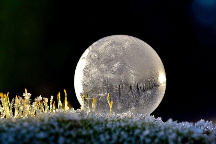 des-sumbliles-bulles-de-savon-gelees-par-le-froid15