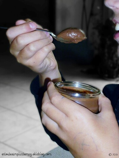 Petites crèmes au chocolat trop trop bonnes !