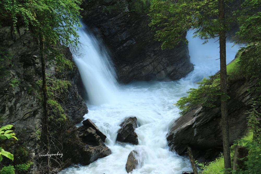 Vallée de Lenk et les cascades de Simmenfâlle