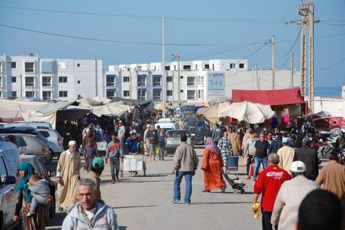 Beaucoup de monde à Agadir c'est jour de souk hebdomadaire