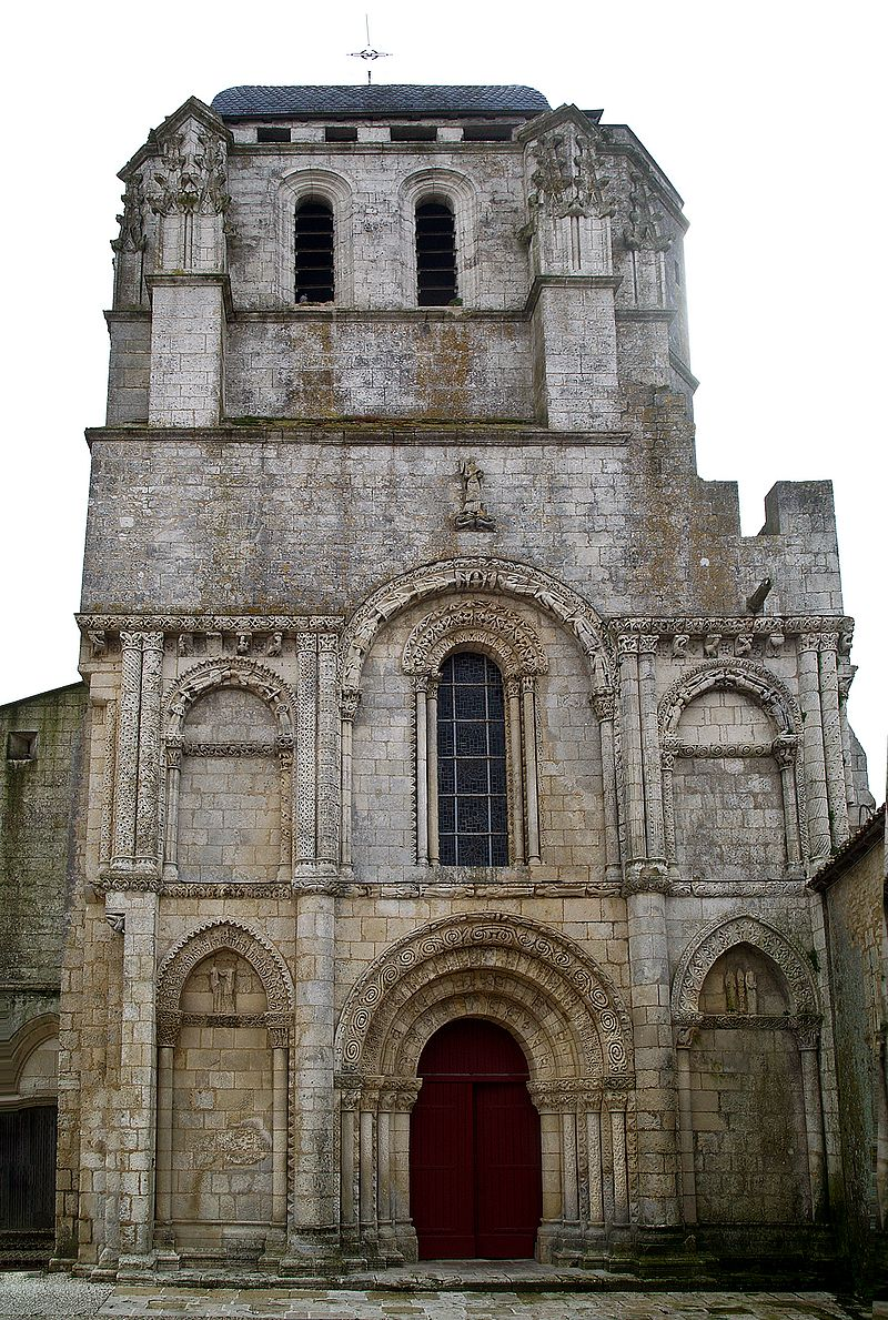Corme-Royal eglise.jpg