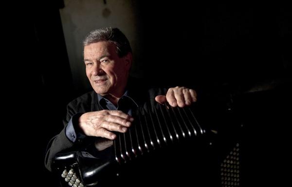 """Hommage à un grand """"Monsieur"""" de l'accordéon, Marcel Azzola"""