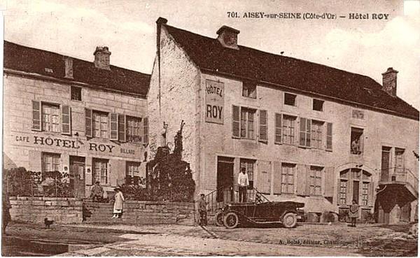 Souvenirs de Pierre Roy  : L'hôtel Roy entre les deux guerres