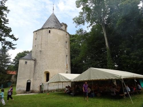 Une belle cérémonie au Grand Prieuré de Champagne à Voulaines les Templiers...