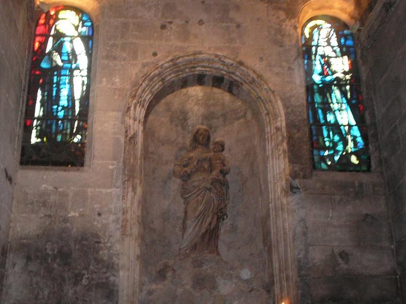 L'église St Vincent aux Baux de Provence