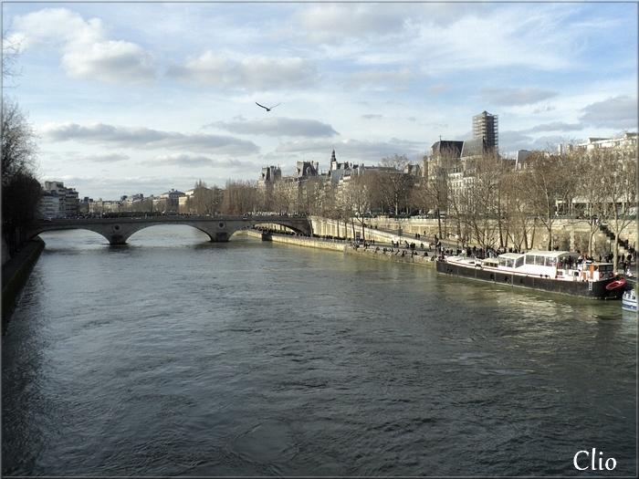 Pour Khanel - Une ville : Paris - 4/4 (Décembre 2015)