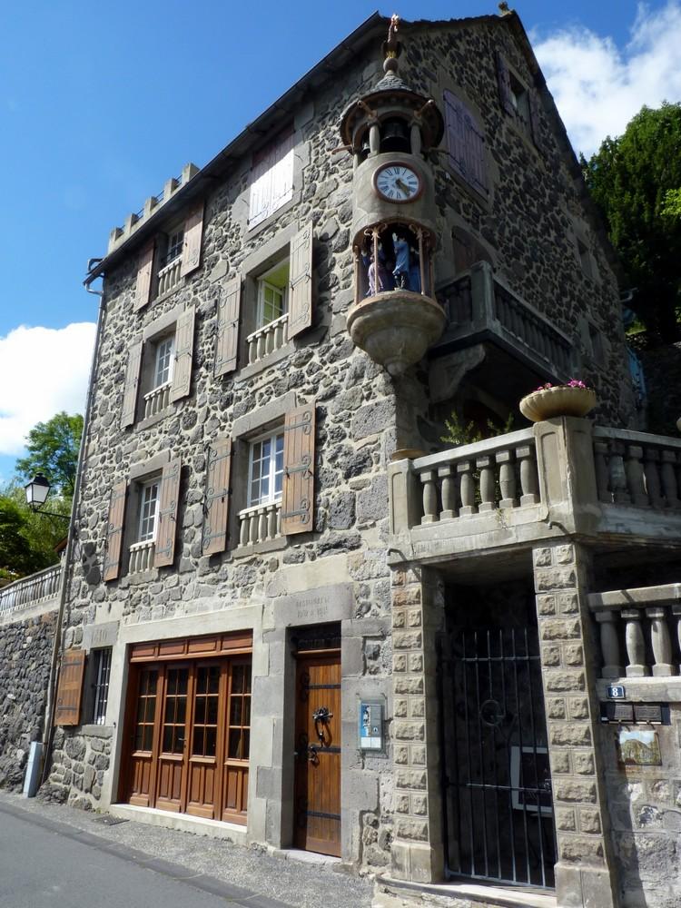 Maison Gaudron et son jacquemart