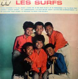 LES SURFS