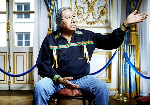 ERNIE LAPOINTE  descendant du chef sioux Sitting Bull