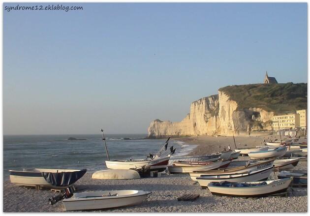 Sur la plage ... d'Etretat