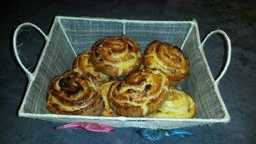 Défi n°51 ( Dominique ) : petits pains aux raisins