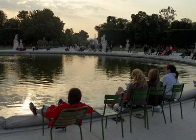 La vie sociale des petits espaces urbains (18) : les espaces pour s'assoir
