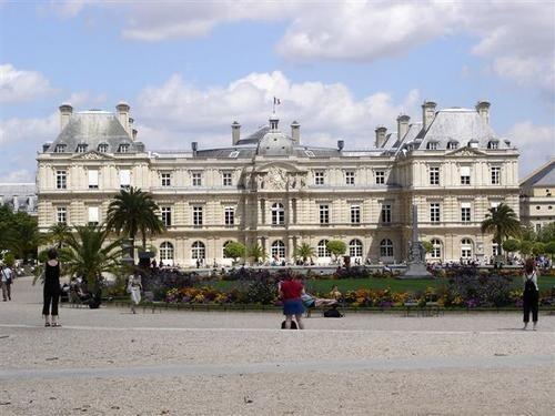 apalais-du-Luxembourg1jpg.jpg