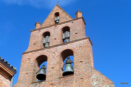 Espanès en 31 : église et portes ... n1