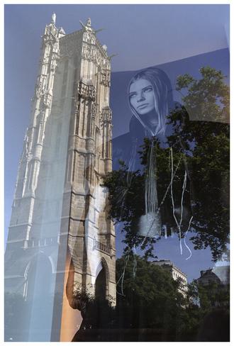 La Dame de la Tour Saint Jacques…