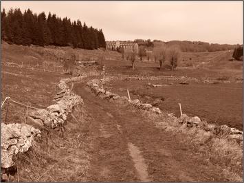 Sur le GR 65, d'Aumont-Aubrac à Conques, sur le Chemin du Puy.