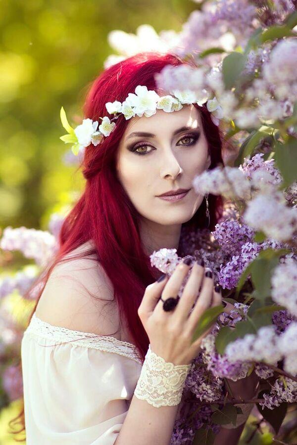 Crimson Rose, modèle