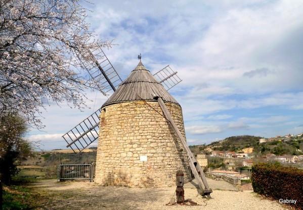 x05 - Le vieux moulin