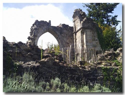 Les châteaux de Châlus - The castels of Châlus - 3