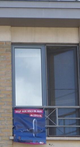 """Wolu1200 : Les affiches """"Stop aux vols de nuit"""" sont disponibles"""