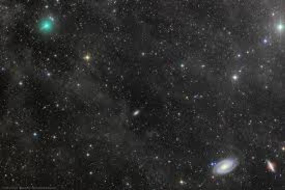 Comète Atlas