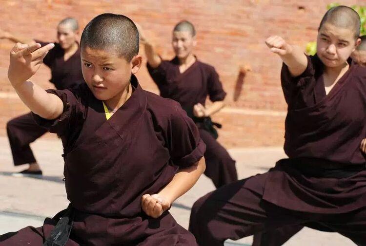 Avez-vous déjà vu des nonnes pratiquer les arts martiaux ?