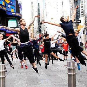 dance ballet princes pricess ballet outdoor street time square