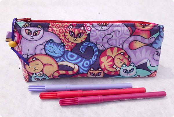 Trousses à crayons avec des chats japonais