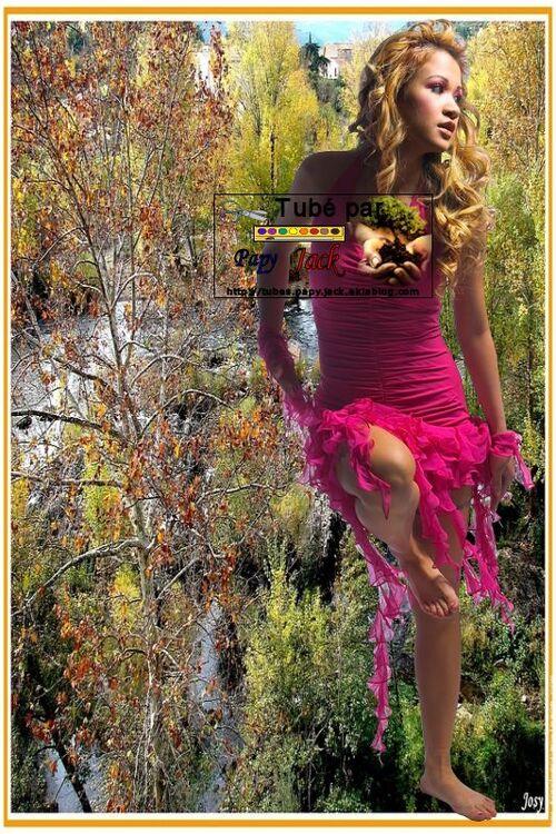 FEMMES  DIVERSES ---- Page 7