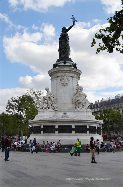 Place de la République 6