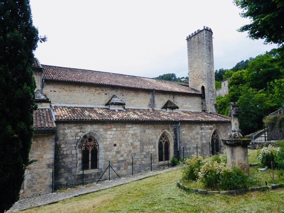 Suite de nos vacances en Ardéche: église de Largentière!