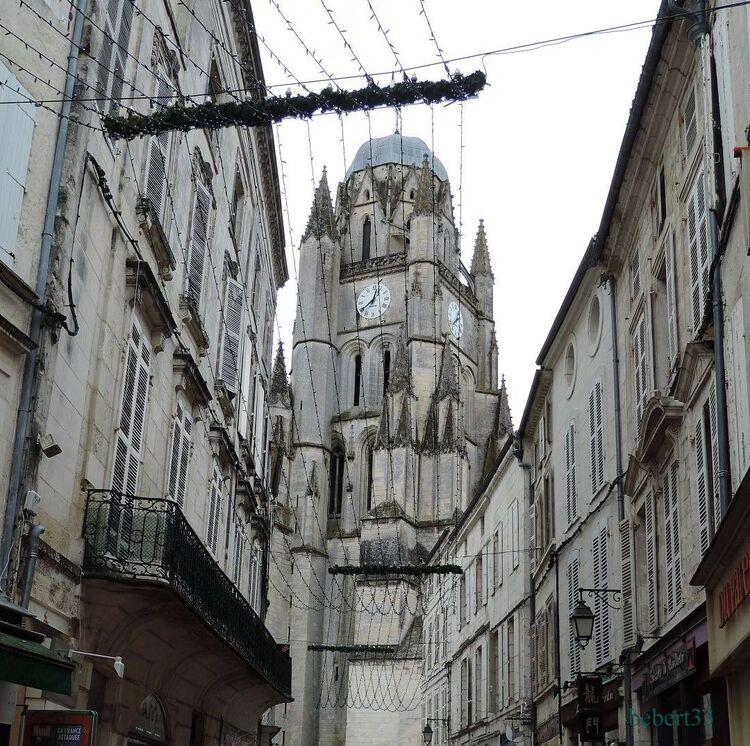 Visite de Saintes (17) St Pierre