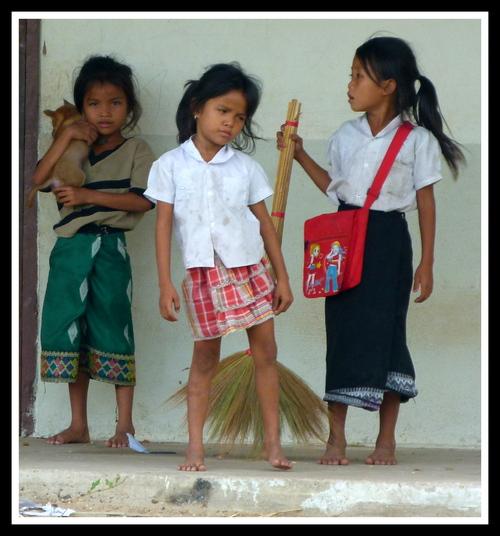 Première rencontre avec les enfants - Ban Chom Cheng