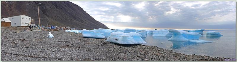 Vues sur Grise Fiord (ᐊᐅᔪᐃᑦᑐᖅ ou Aujuittuq, le Village qui ne dégèle jamais) - Ellesmere Island - Nunavut - Canada