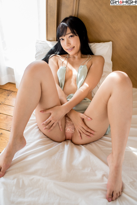 WEB Gravure : ( [UNO x Girlz HIGH!] - | 三田女史と二日間すごせる券~禁則事項はありません~ Gallery No.34 - Vol.01 : ワンピース | Ui Mita/三田羽衣 )
