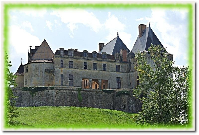 Promenade au Château de Biron