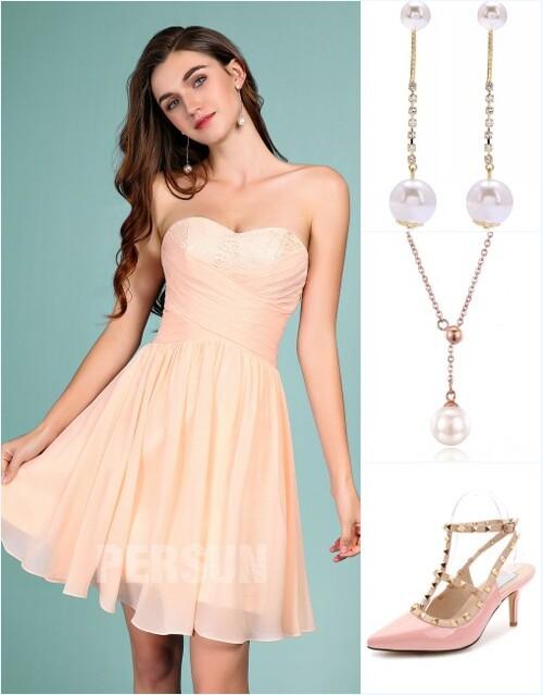 robe de cocktail couleur nude bustier coeur et accessoires