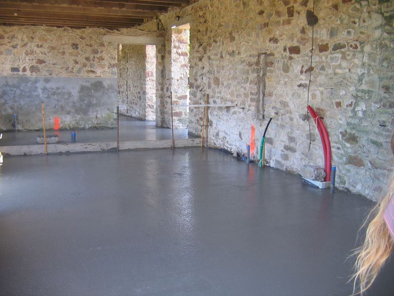 Couler Dalle Beton Garage Terrassement Mont Paille Beau