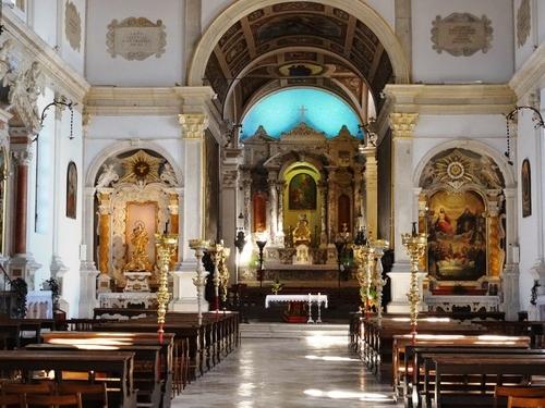 La splendide église de Piran en Slovénie (photos)