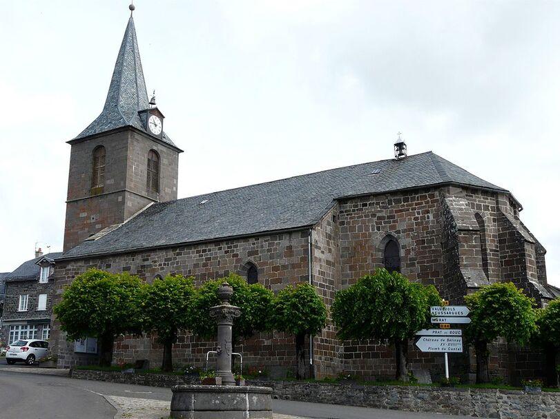 Paulhac (15) église.jpg