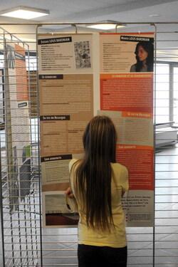 """[P6] Visite de l'exposition """"Plus jamais ça"""" à Liège"""