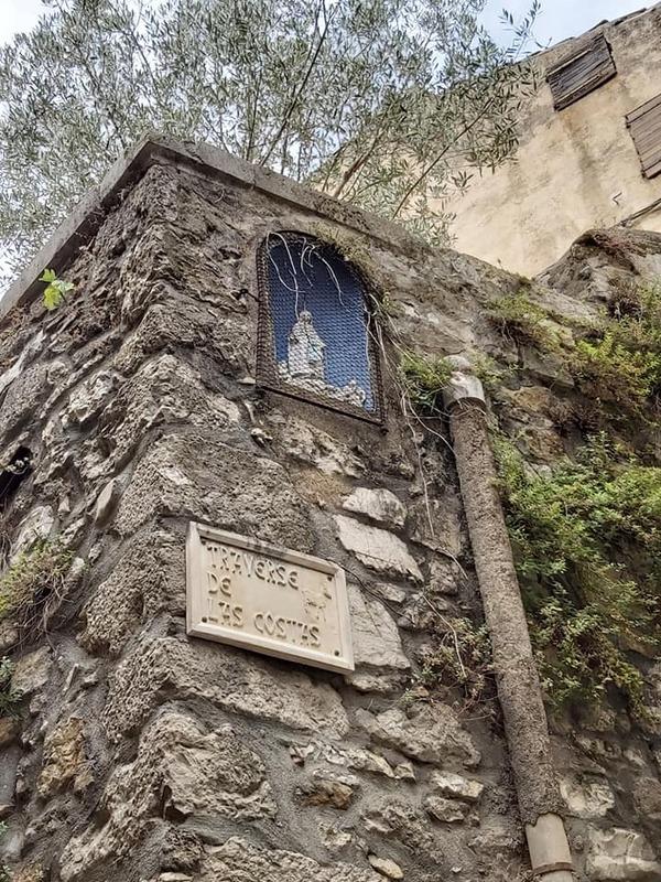 LE VILLAGE DE SAINT GUILHEM LE DESERT dans l'HERAULT    (2)