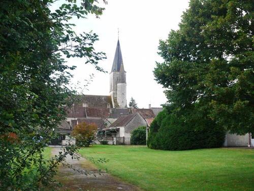 L'église et la salle paroissiale